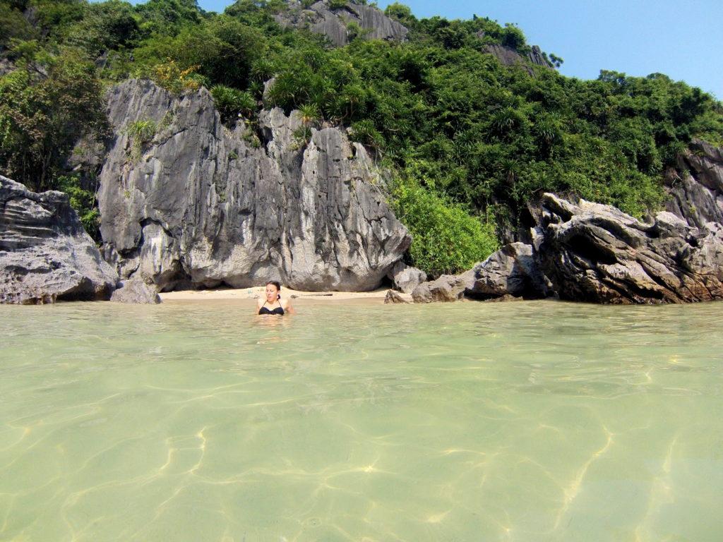 lan ha bay tour bateau privé plage déserte