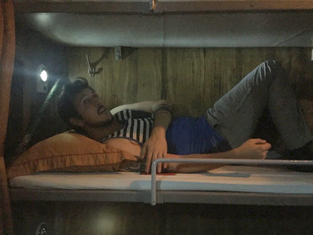 train couchette hanoi sapa