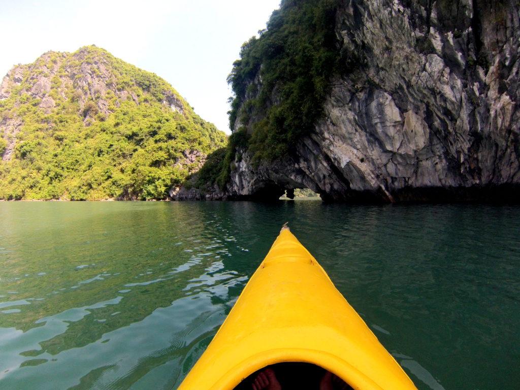 lan ha bay tour en bateau privé